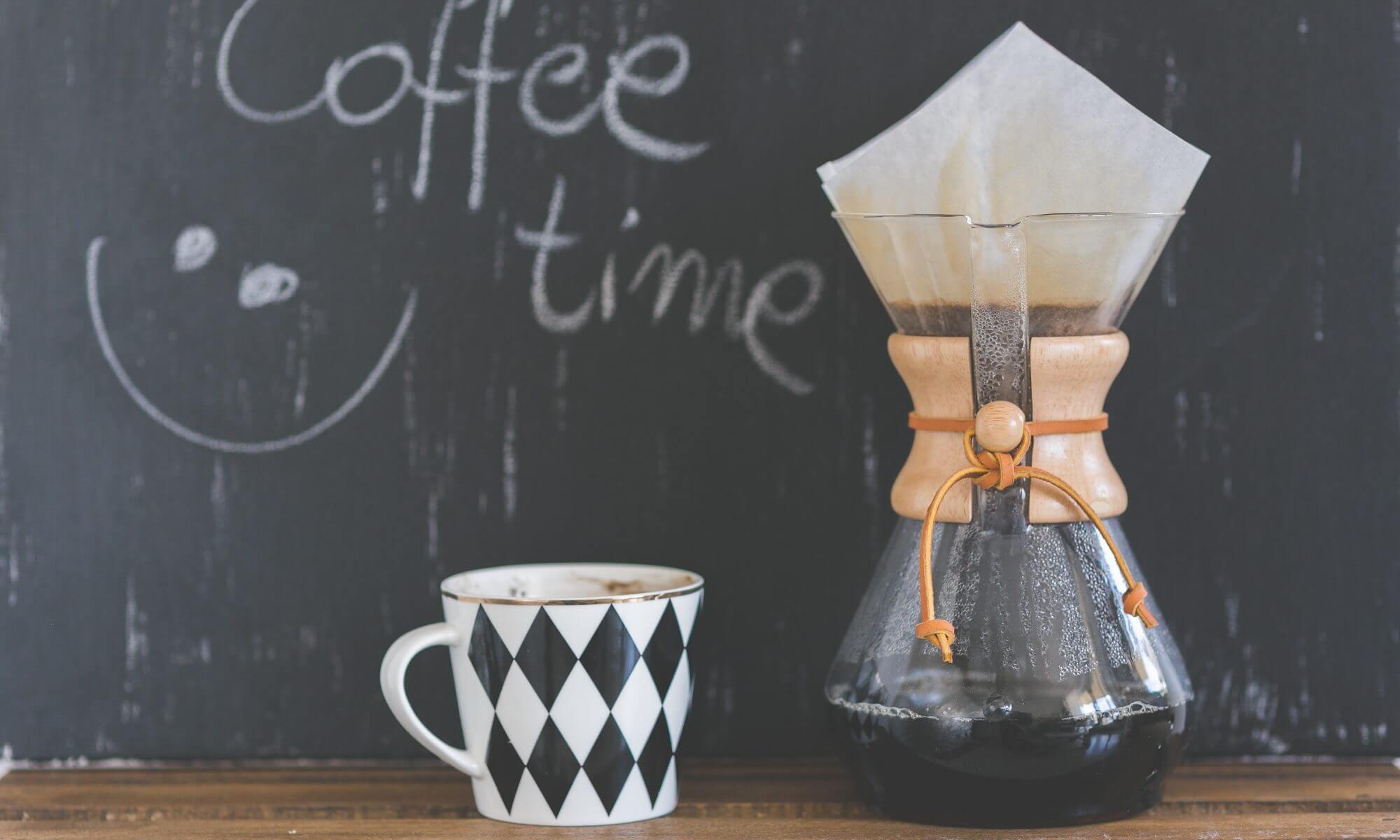Bienvenue, un p'tit café?